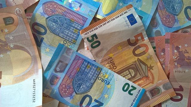 barevné bankovky