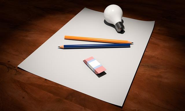 guma, tužky a žárovka