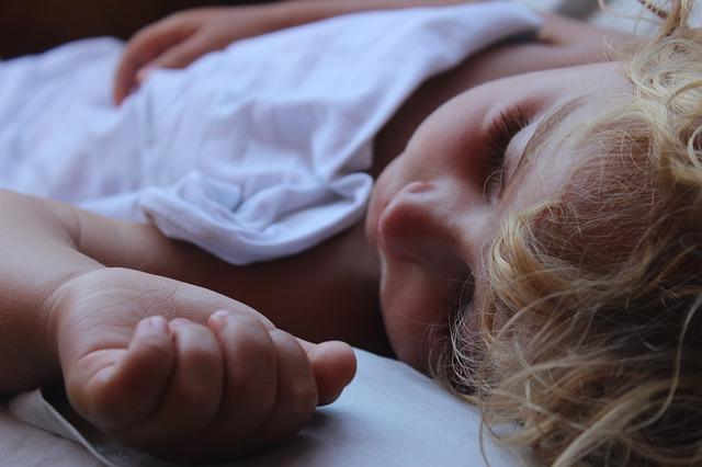 spící dítě.jpg