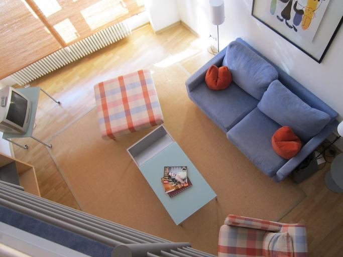 dřevěná světlá podlaha
